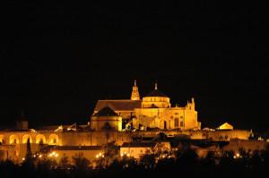 mosque_exterior_night_1_jpg-300x199 cordoba