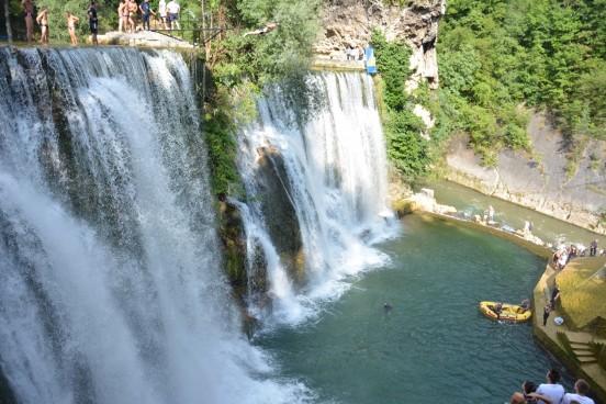 vodopad-skokovi