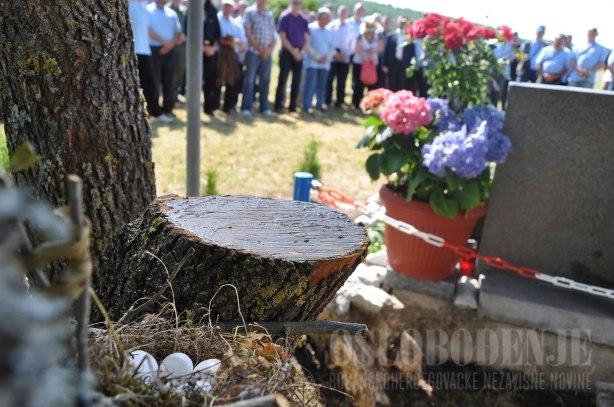 kulenvakuf-poginuli-vojnik-sprijateljio-bosnjake-i-hrvate_1446029822