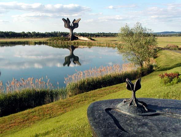 jasenovac-spomenik