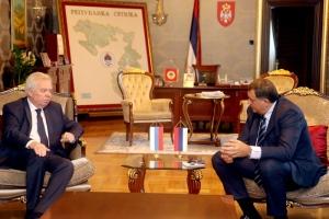 ruski-ambasador-i-dodik